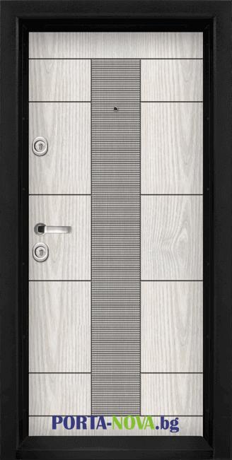 Блиндирана входна врата модел T-901 от Порта Нова Добрич